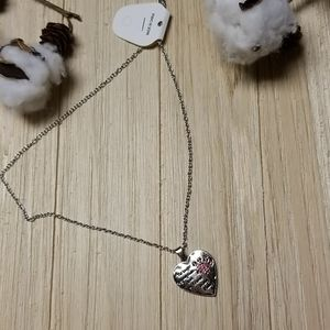 Beautiful wording Pet necklace in Silver